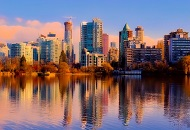 Why Is Canada an Attractive Country for Investors? Image